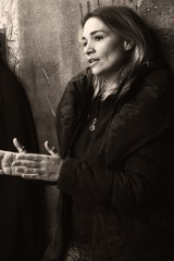 """Μαρία Τσαρούχα: """"Το μεγαλύτερο στοίχημα που κέρδισα μέσα από το «Iraq-9 τόποι επιθυμίας» είναι η προσφορά του «σ' αγαπώ» κατ' επανάληψιν"""""""