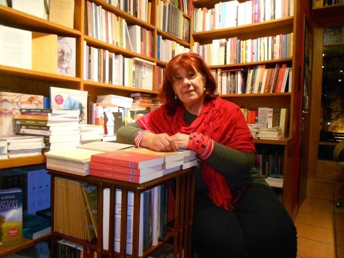 Η Τετη Σώλου στο βιβλιοπωλείο Λεμόνι για το Artic.gr