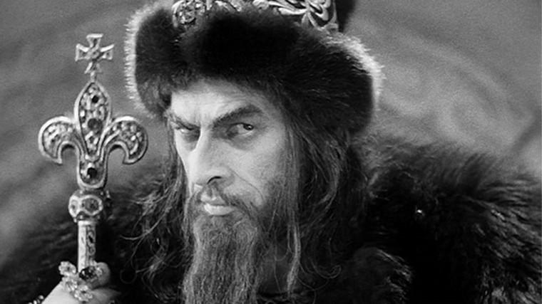 Ο Νικολάι Τσερκάσοφ ως Ιβάν, ο Τρομερός στην ομώνυμη ταινία