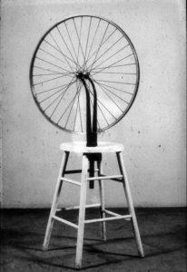 Marcel Duchamp - ρόδα ποδηλάτου - Dada