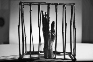 Η Πρόληψη μέσα από την Τέχνη, Πετρανάκη Αλεξάνδρα, Γύψινο Χέρι, Άτιτλο