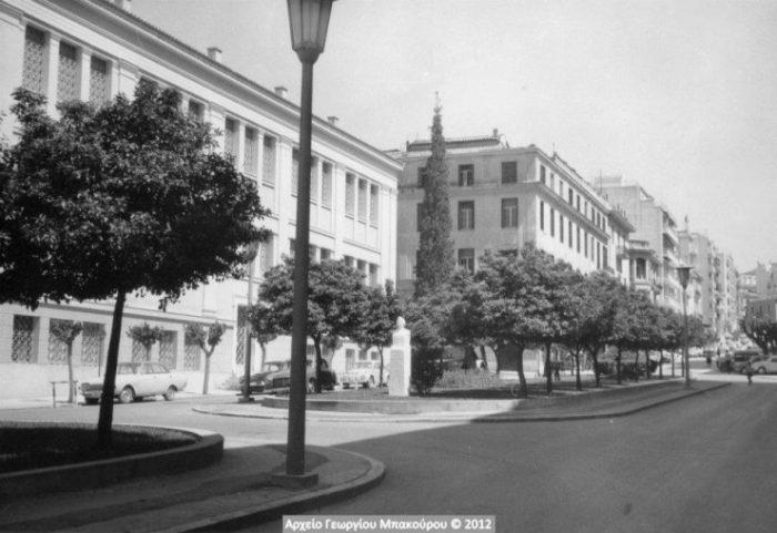 Το Κολαστήριο της οδού Μπουμπουλίνας το 1966 από την οδό Τοσίτσα, (Μέγαρο Λογοθετόπουλου)