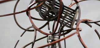 Παναγιωτόπουλου Στέλιου, έκρηξη αγάπης με εξαρτήματα μηχανής - Σιωπηλή Παρουσία