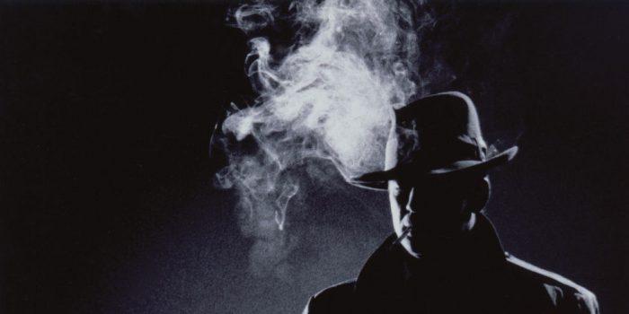 Νουάρ αναζητήσεις: η άνθηση της αστυνομικής λογοτεχνίας σε μια «μαύρη» εποχή;