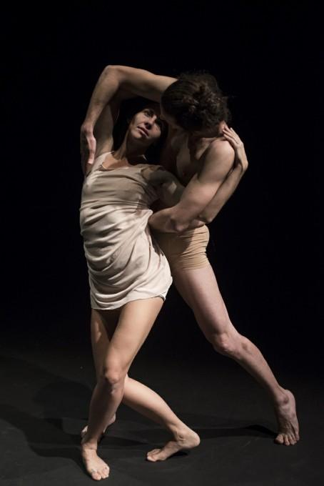 Η Μελίνα Αργυρίου και ο Γιάννης Μήτσος στην παράσταση Η Σκελετογυναίκα