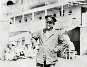 Ο Νίκος Καββαδίας στο πλοίο