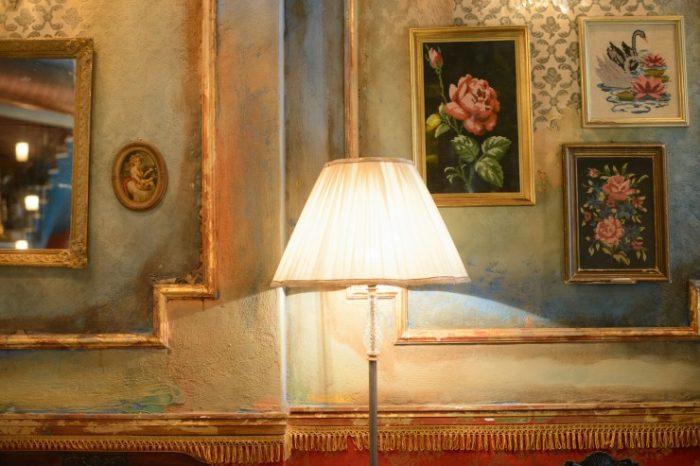 Belle Amie decoration