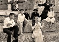 Το άσμα της Λιογέννητης στο θέατρο Παραμυθίας: δραματοποιημένο δημοτικό τραγούδι