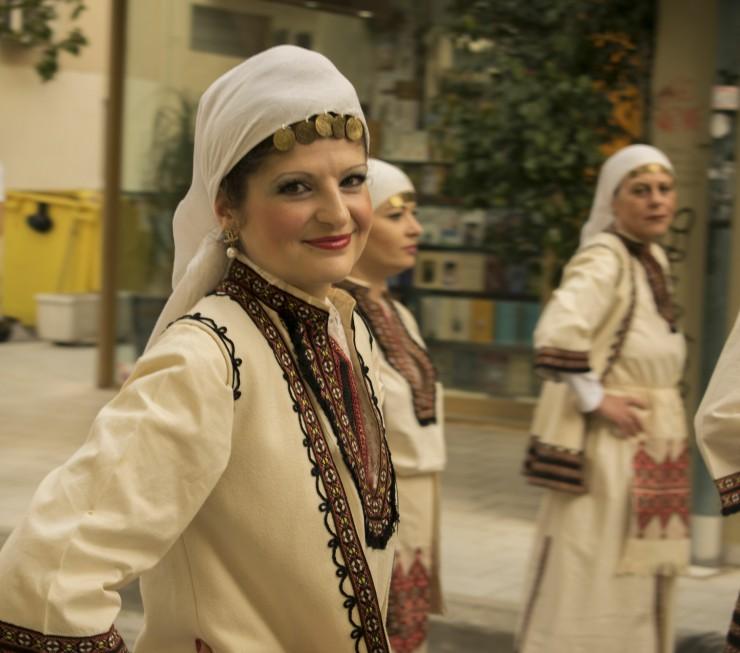 Χορεύτρια στην Παρέλαση Χορευτικών Συγκροτημάτων