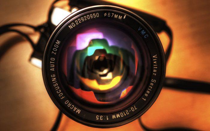 Βλέποντας την ιστορία του Φωτογραφικού φακού.