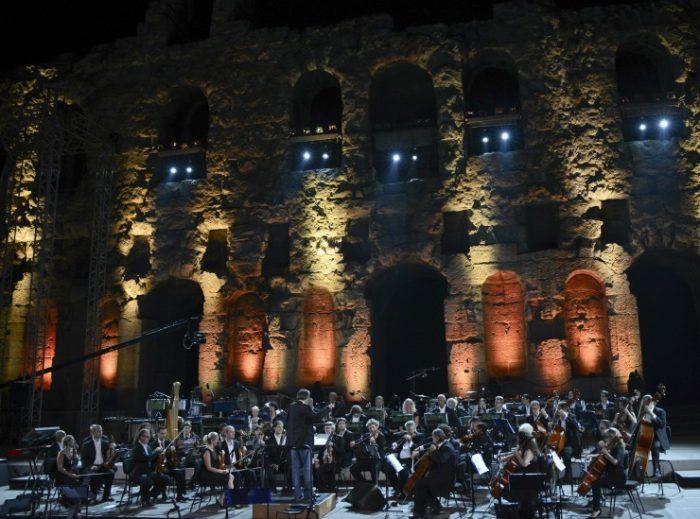 Η Φιλαρμονική της Πράγας στη συναυλία Classic Rock στο Ηρώδειο