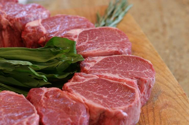μοσχαρίσιο κρέας σε κομμάτια